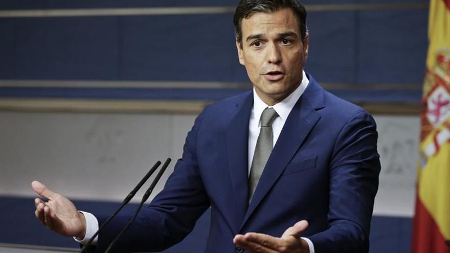 """Sánchez dice que el pacto PP-C's les da más razones para votar """"no"""" a Rajoy"""