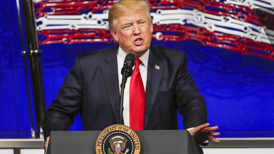 """Trump ve """"ridículo"""" el proceso para empezar a renegociar el TLCAN con México"""