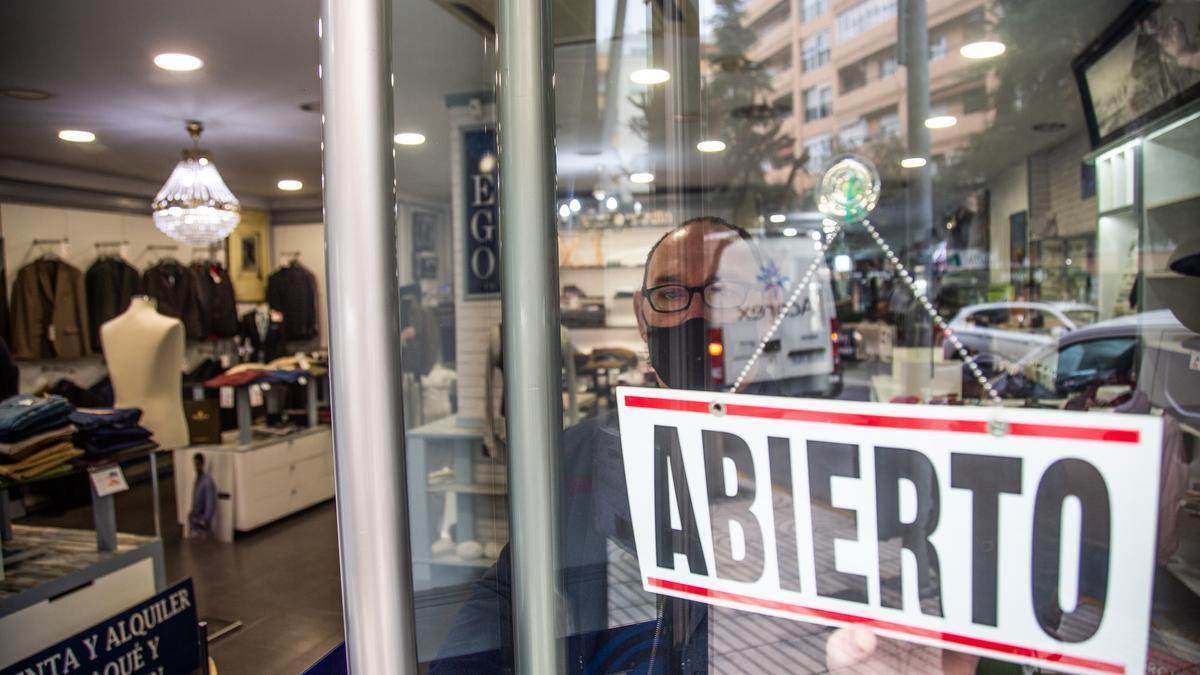 La ampliación del horario para el comercio minorista de Extremadura entra en vigor el sábado