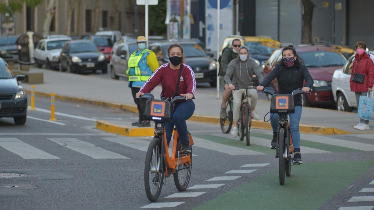 CABA anunció que suspendería la construcción de 95 kilómetros de ciclovías previstas para este año.