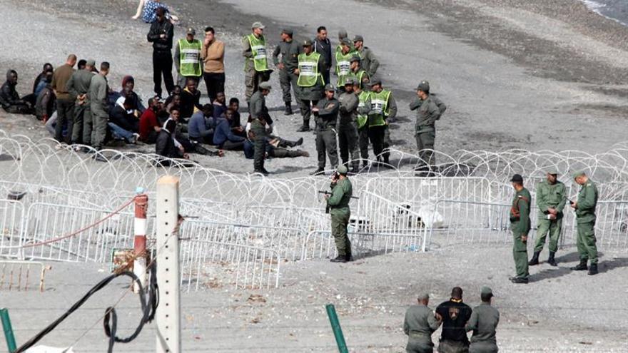 España apoyará a Marruecos ante la UE a cambio del control fronterizo, según un diario
