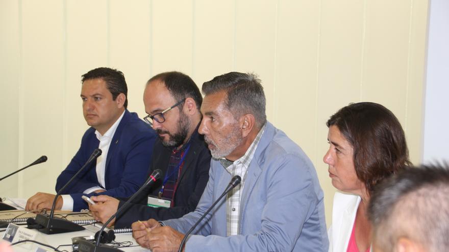 Presentación de este miércoles con los alcaldes de Arona, el consejero insular Valbuena y el regidor local de Adeje