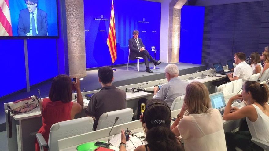 Puigdemont planteará este mes una propuesta de referéndum pactado al Estado