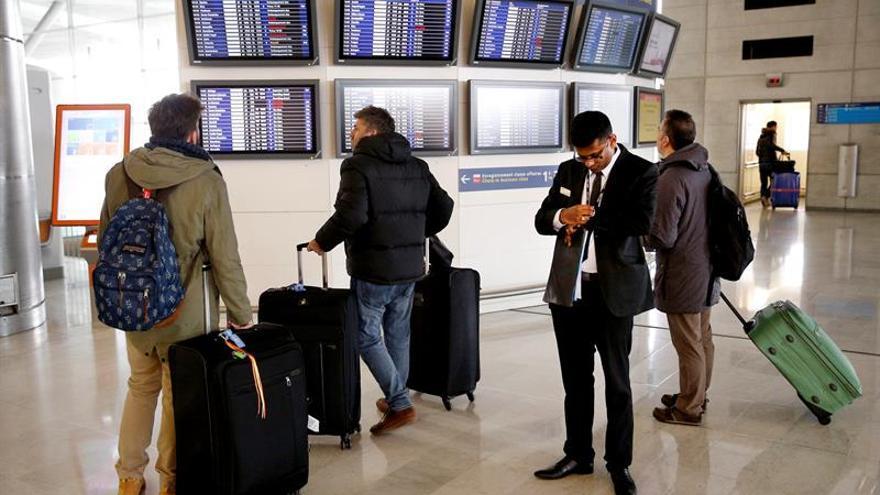 La huelga hoy de controladores en Francia causa retrasos pero no anula vuelos