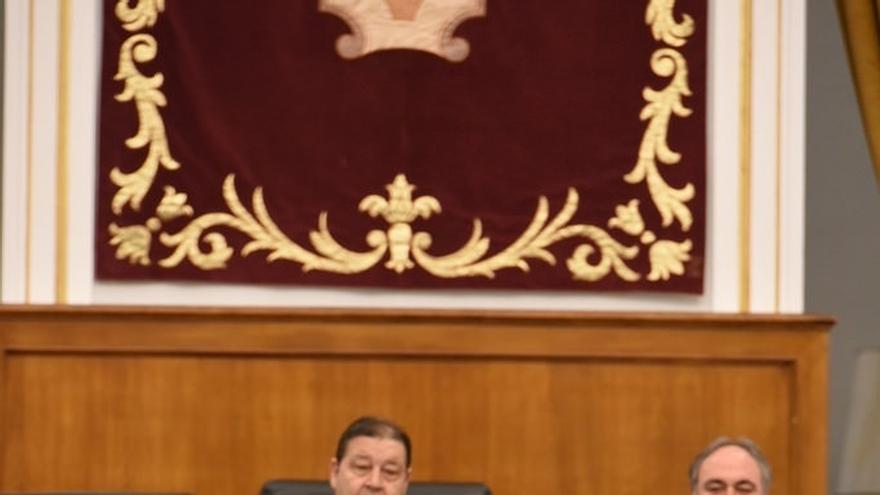Las Cortes aprueban por unanimidad crear una comisión de estudio para la modificación de la Ley del Gobierno