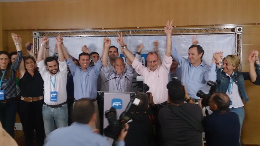 """El presidente del PP: """"Una vez más hemos demostrado que Almería mantiene el color azul en mapa andaluz"""""""