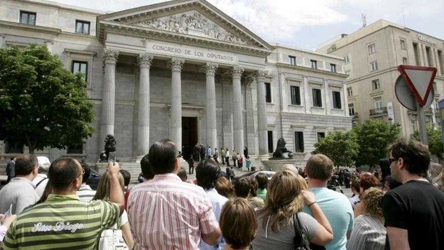 El Congreso debate hoy, bajo amenaza electoral, 6 vetos contra el Presupuesto