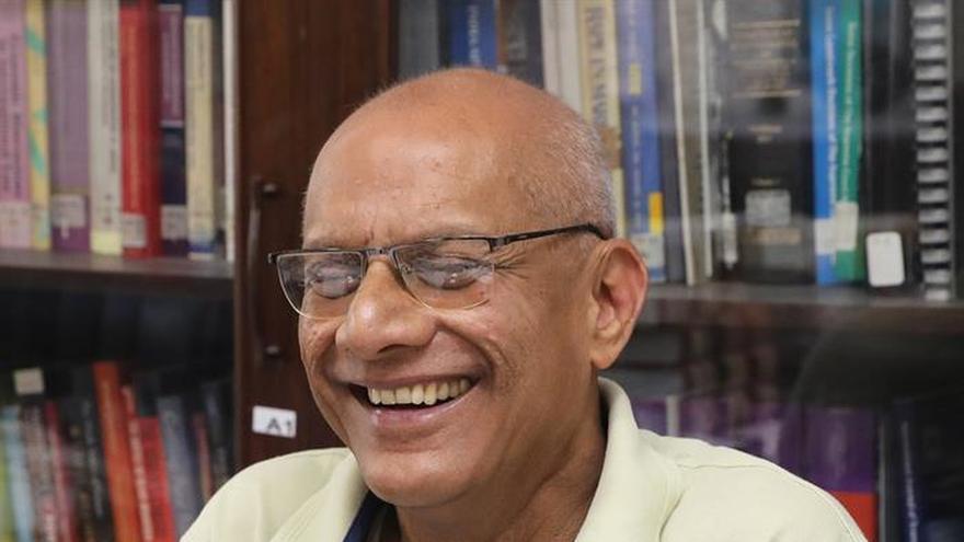 Gonsalves, honrado con el Nobel Alternativo y decepcionado con Aung San Suu Kyi