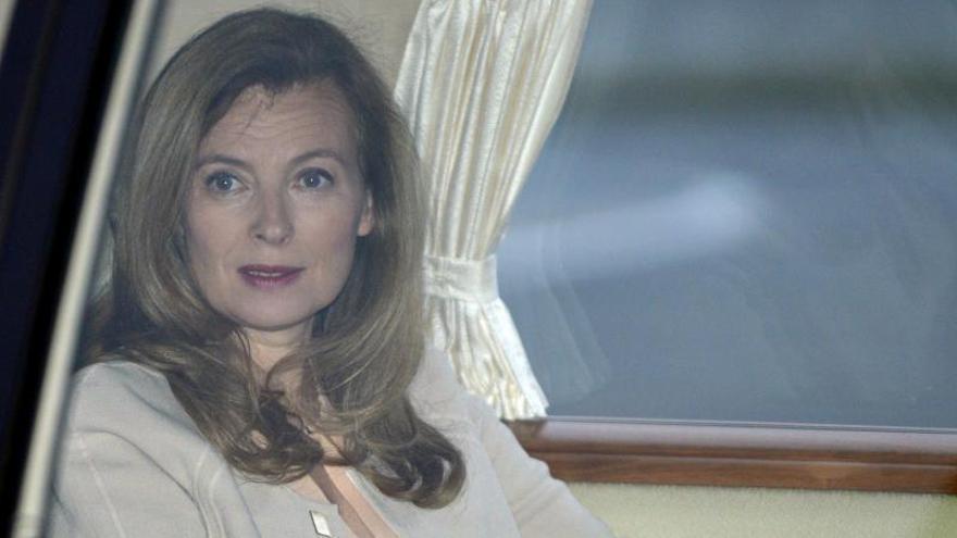 Valérie Trierweiler llega a la India en un viaje humanitario