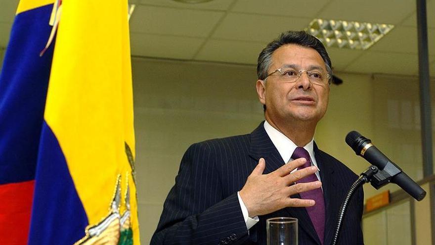 Ocho candidatos inscritos para las elecciones presidenciales en Ecuador