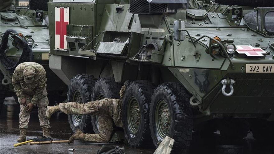 """La OTAN niega que los ejercicios en el este de Europa hagan """"más probable"""" la guerra con Rusia"""