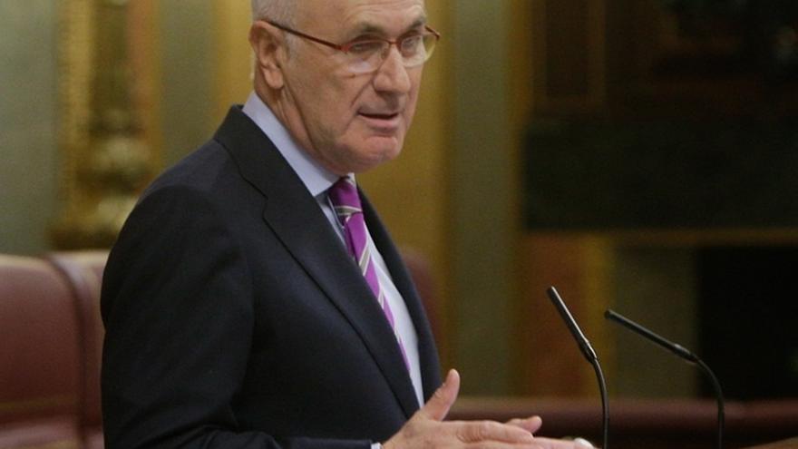 Duran defiende la abstención de CiU en la votación de la ley de abdicación