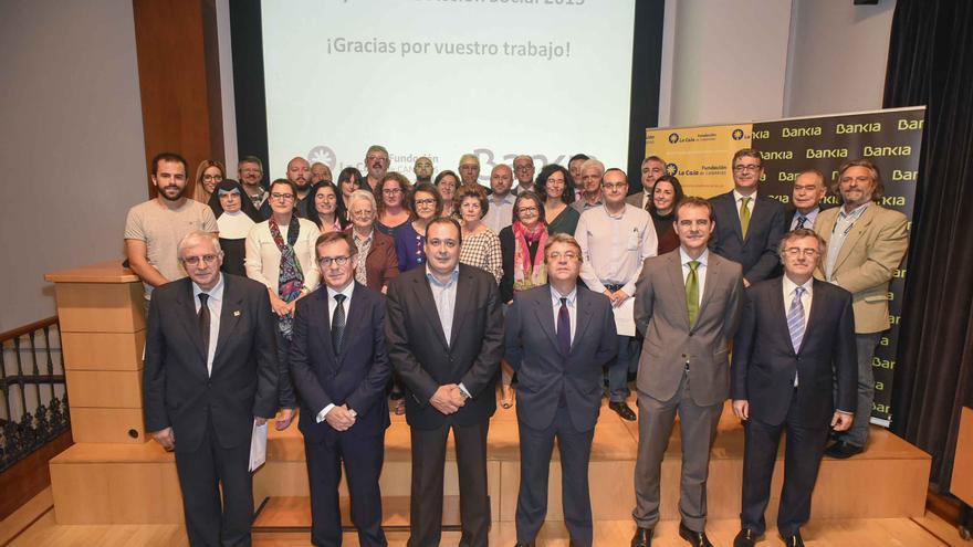 Firma por parte de La Fundación La Caja y Bankia de 32 convenios con organizaciones no gubernamentales.
