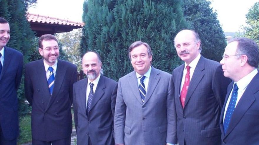 Guterres, con varios alcaldes gallegos en 2001