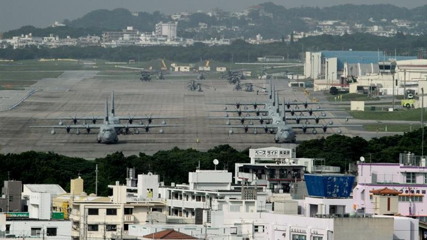 Contra las bases de Okinawa
