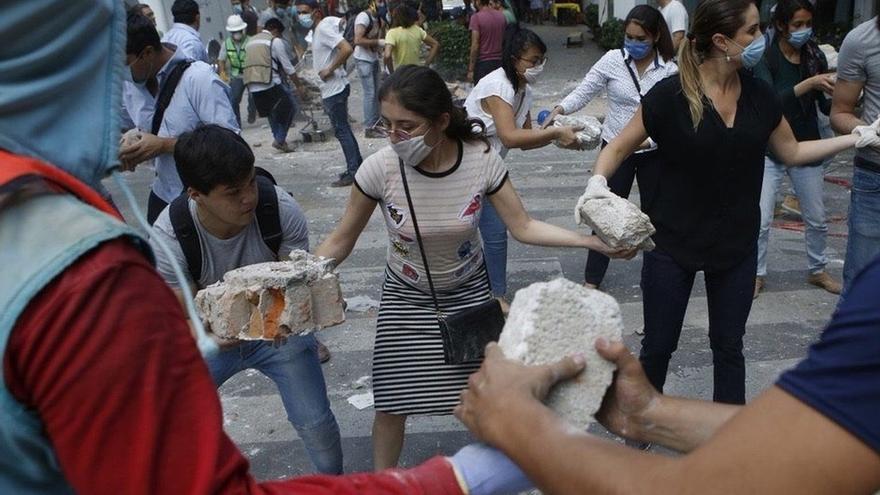 La UCLM intenta contactar con una treintena de estudiantes de intercambio en México después del terremoto