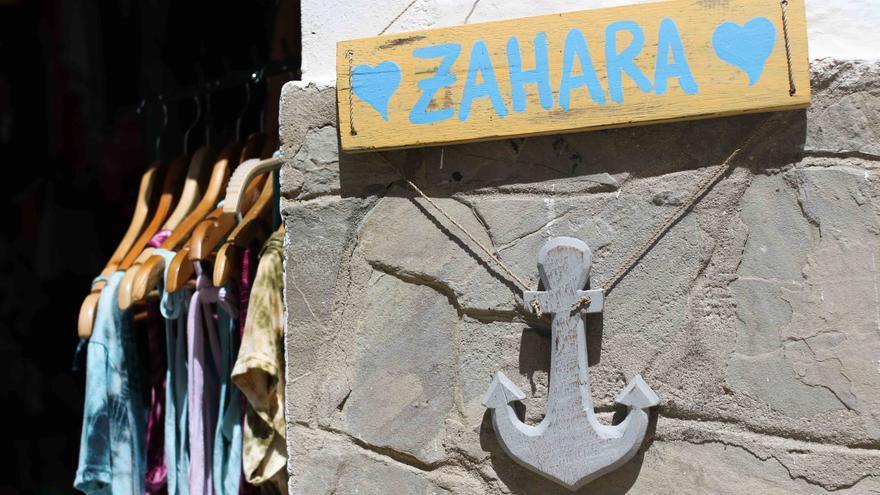 Tiendas en Zahara de los Atunes.