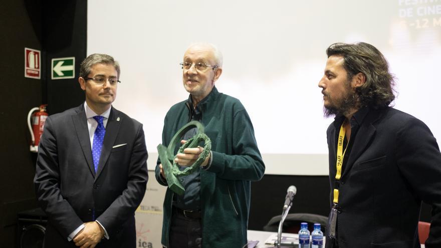 Entrega el Premio Honorífico del IBAFF