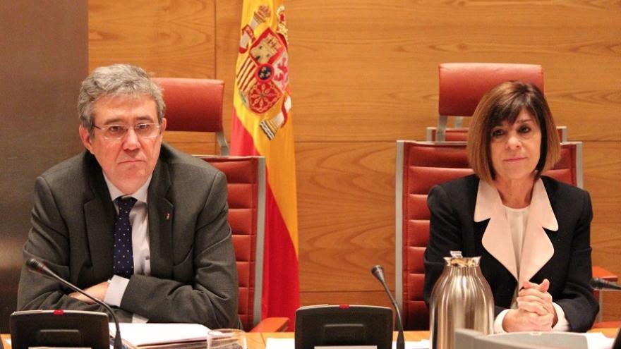 Carmen de Aragón y Francisco Javier Fernández, presidenta y vicepresidente de la Comisión de Sanidad del Senado