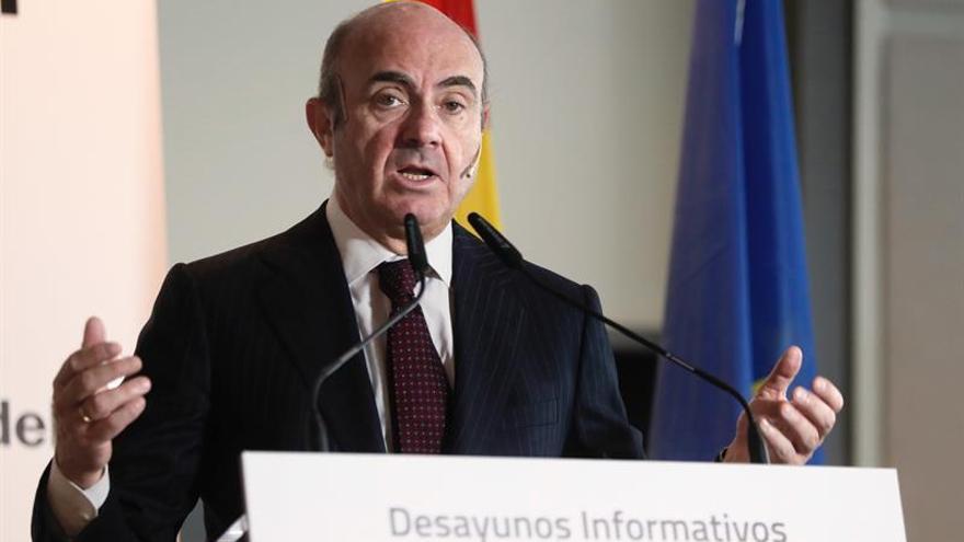 """El gobierno no descarta """"nada"""" en Cataluña pero no entrará en """"provocaciones"""""""
