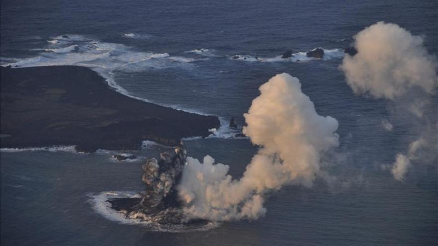 La nueva isla japonesa originada de una erupción volcánica será permanente