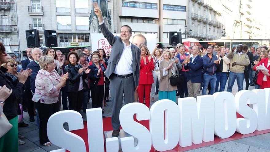 Abel Caballero triunfante en el cierre de la campaña electoral