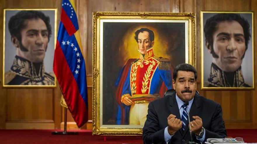"""Maduro espera que el nuevo acuerdo lleve a Colombia """"por los caminos de la paz"""""""