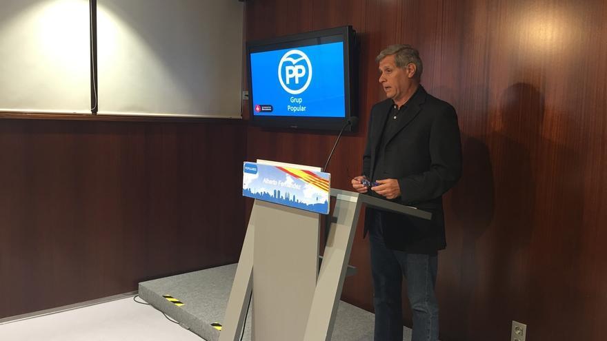 Alberto Fernández (PP) pide a Forn que ponga a los Mossos la servicio de la seguridad y no del 1-O