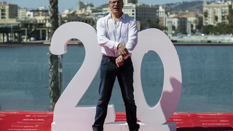 El director mexicano Roberto Sneider muestra una relación compleja en Málaga