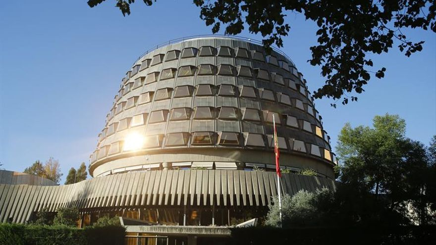 El Constitucional declara inconstitucionales las partidas para el referéndum secesionista