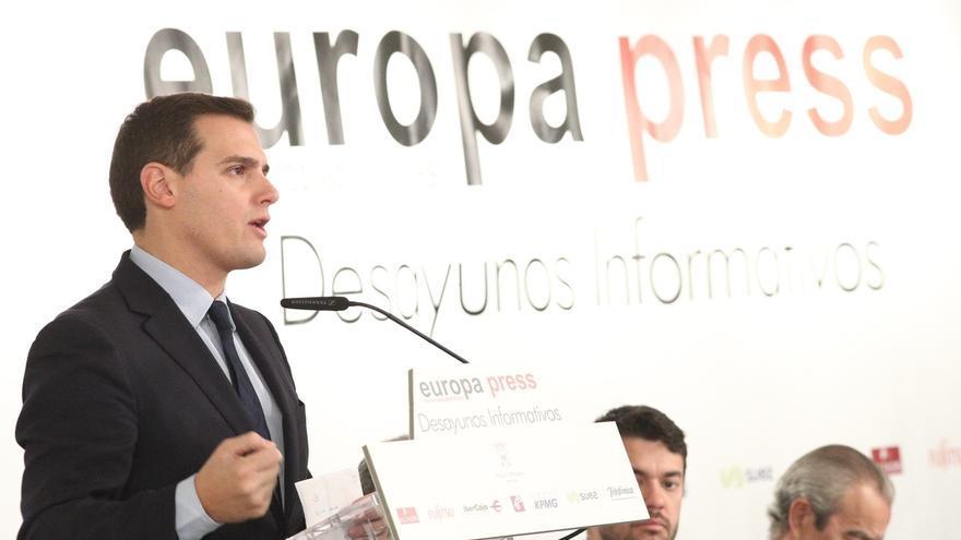 """Rivera rechaza el """"cuponazo"""" para toda España que propone Urkullu: """"Es inaceptable e inasumible"""""""