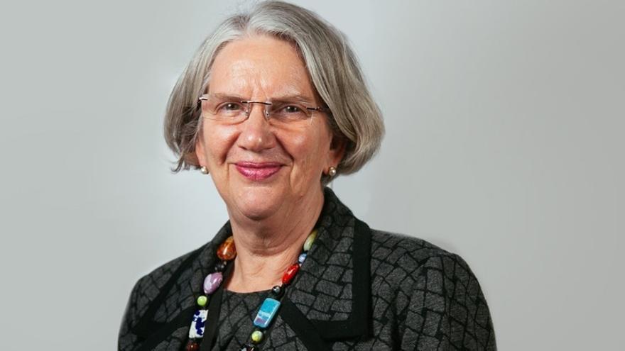 La baronesa que llamó a Gibraltar paraíso fiscal se disculpa por carta a Picardo