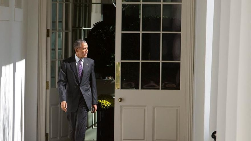 """Obama, """"alentado"""" por su conversación con Trump en la Casa Blanca"""