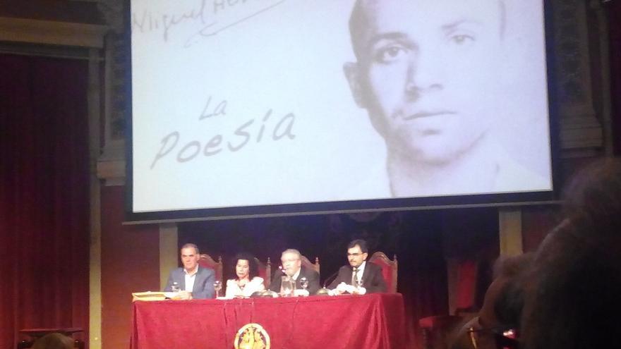 Ayuntamiento de Quesada y Diputación reeditan las memorias de Josefina Manresa, viuda de Miguel Hernández