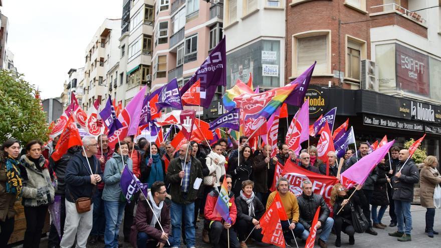 Manifestación en Cuenca contra el despido por enfermedad
