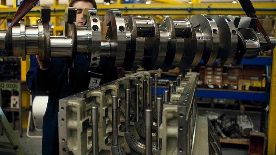 El sector de la industria es el que ofrece trabajos más estables.