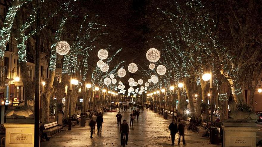 Los ayuntamientos aumentan las horas de encendido navideño un 9 por ciento