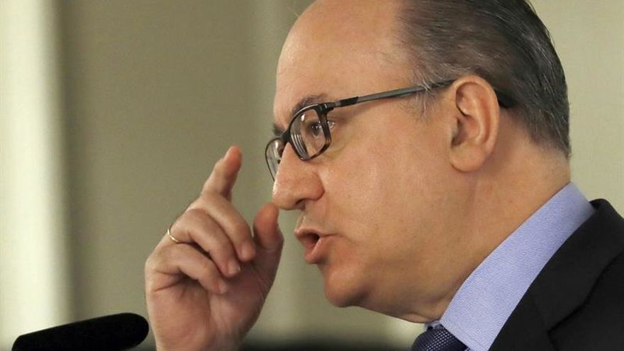 La AEB pide que se deje trabajar al nuevo equipo directivo del Banco Popular