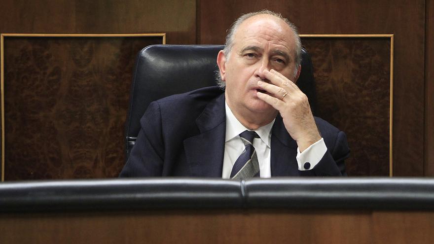 El ministro del Interior, Jorge Fernández, durante el debate sobre la Ley de Seguridad Ciudadana. / Marta Jara
