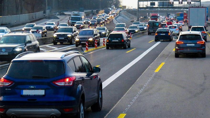 Un GPS en la flota de coches de empresa permite a la compañía saber dónde están sus empleados