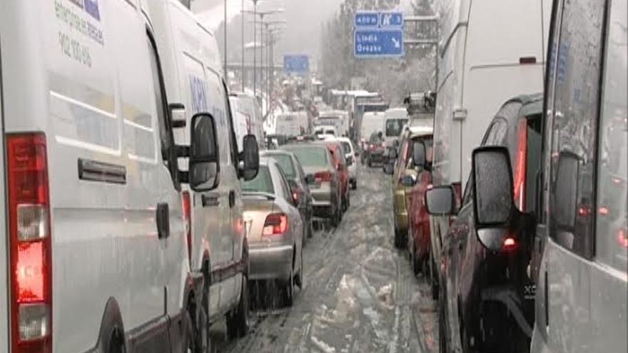 Gobierno Vasco suspende de forma transitoria las restricciones para el tráfico pesado a su paso por Euskadi