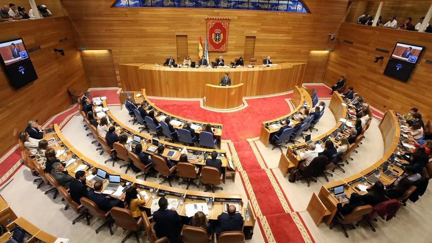 Vista del hemiciclo del Parlamento gallego durante el discurso de Feijóo en el debate de política general