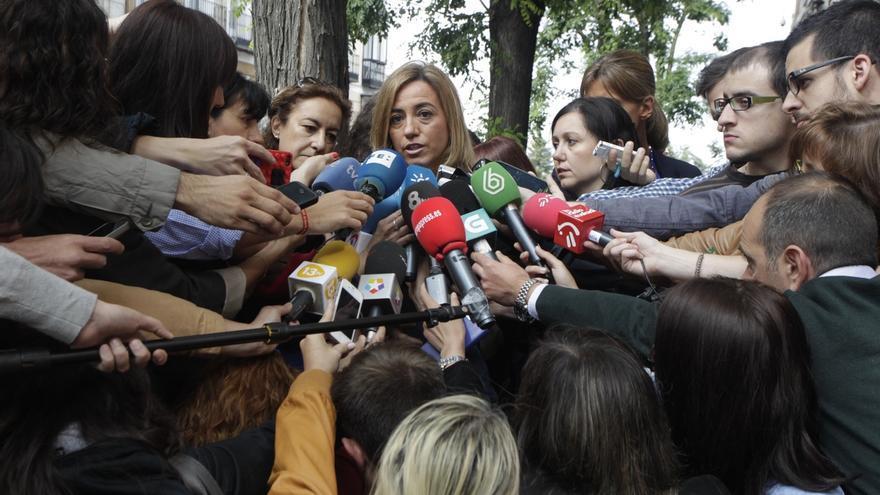 """Chacón cree que Rajoy se ha hecho una """"autoenmienda a la totalidad"""" y le afea su inacción con Gürtel"""
