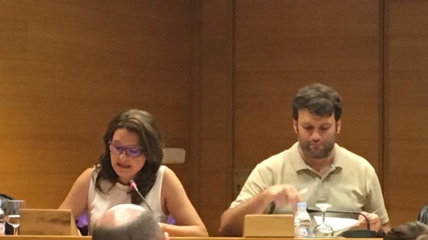 Mónica Oltra, durante su comparecencia en una comisión de las Corts Valencianes.