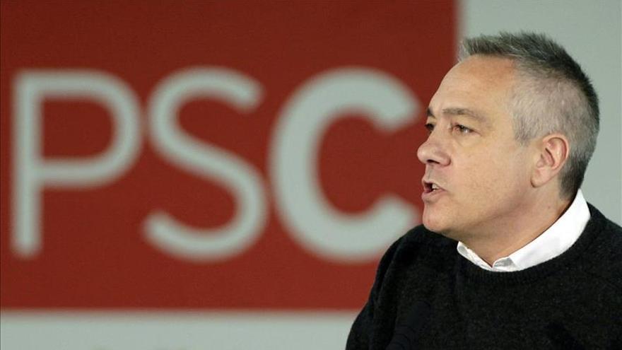 Navarro acusa al Govern de impulsar la consulta solo por interés electoral