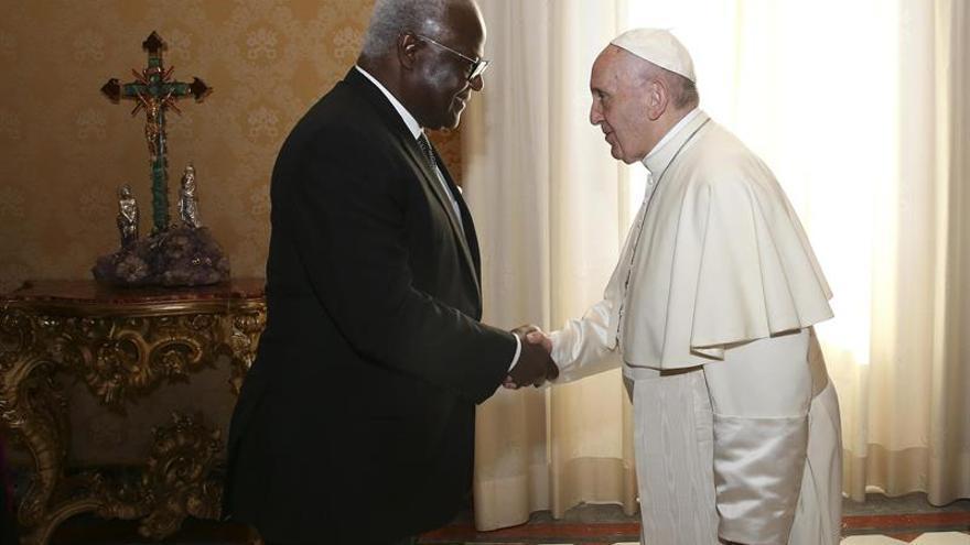 El papa asegura que la familia es el antídoto ante un extenso individualismo