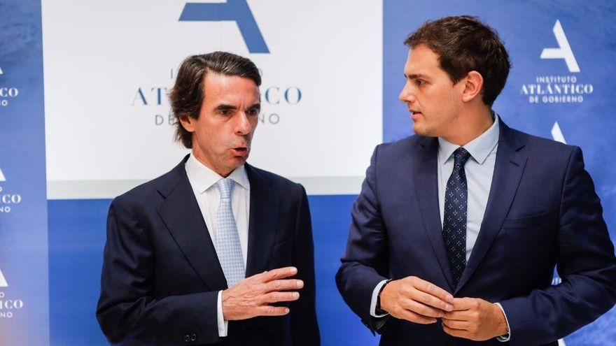 """Rivera defiende ante Aznar que """"el futuro pasa por nuevas políticas"""" como el liberalismo y por """"nuevos políticos"""""""