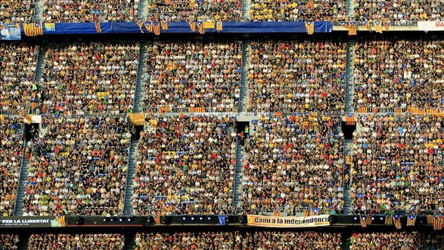 Unes 90.000 persones van assistir al Concert per la Llibertat del Camp Nou.