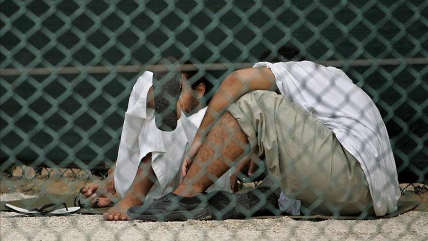Estados Unidos repatría a un preso de Guantánamo a Arabia Saudí