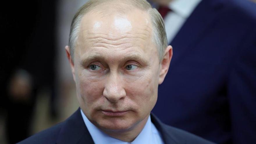 Putin promulga una ley que prohíbe acceder a páginas web bloqueadas en Rusia
